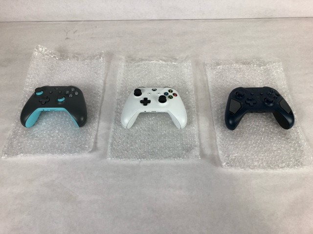 Xbox One Controllers with No Back Covers - Used